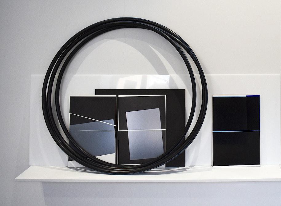 SequenceofActions, mixed media:ceramics tiles, acrylic glass, plastic tube, wooden shelf, 159 x 98 x 29 cm, 2019